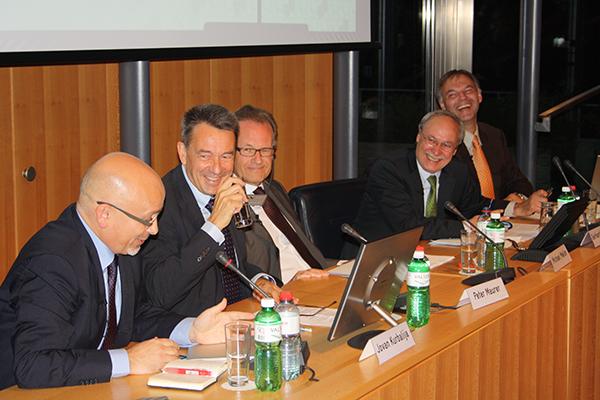 Avenir-Suisse-Conference about über international organisationen