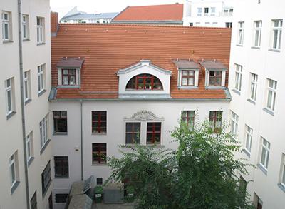 Gipsstrasse 11, Berlin, oben: 1993, unten: 2006 (© KOSP GmbH).