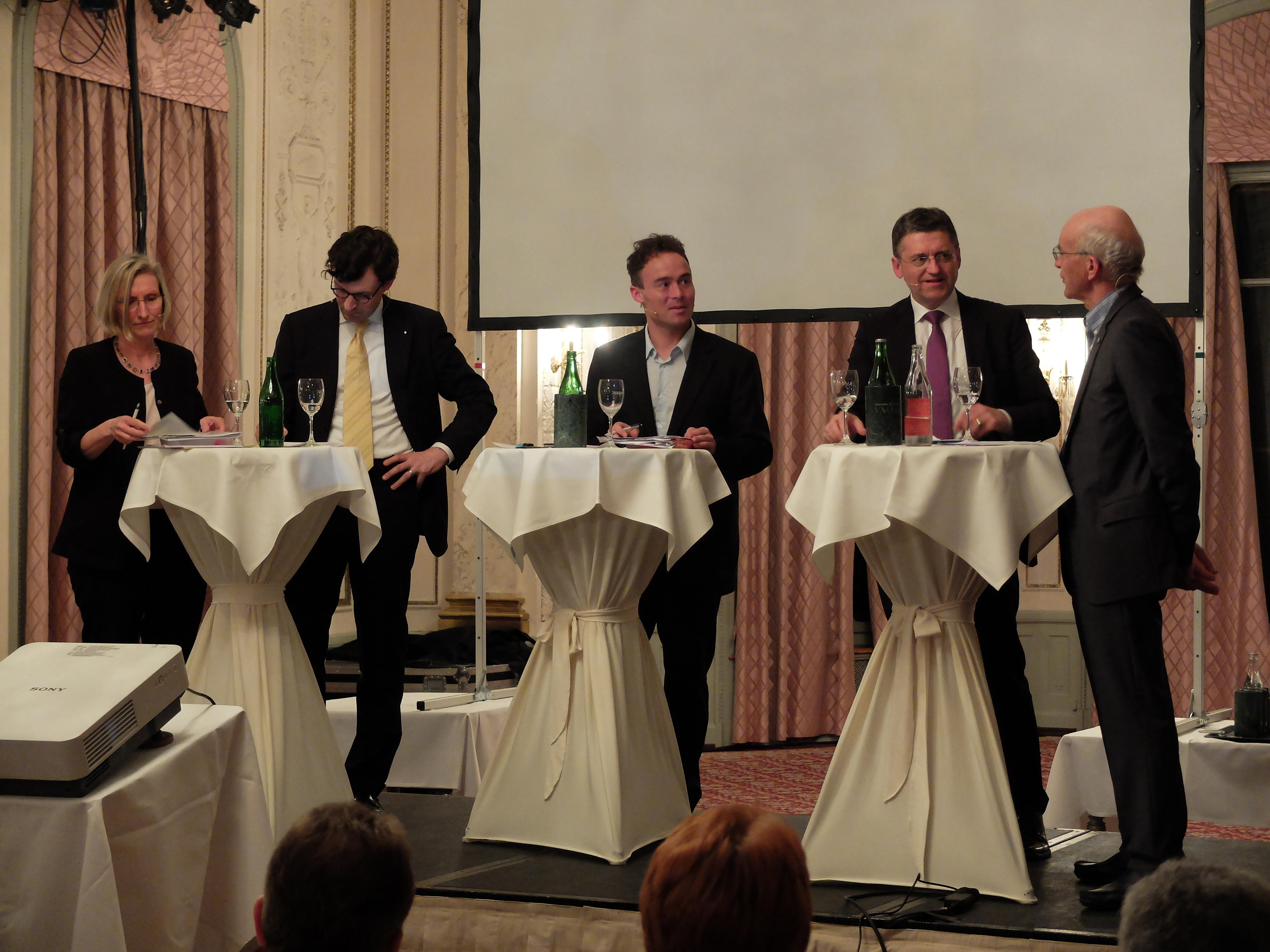 Podiumsdiskussion in Luzern zur Lage des Mittelstandes in der Schweiz.