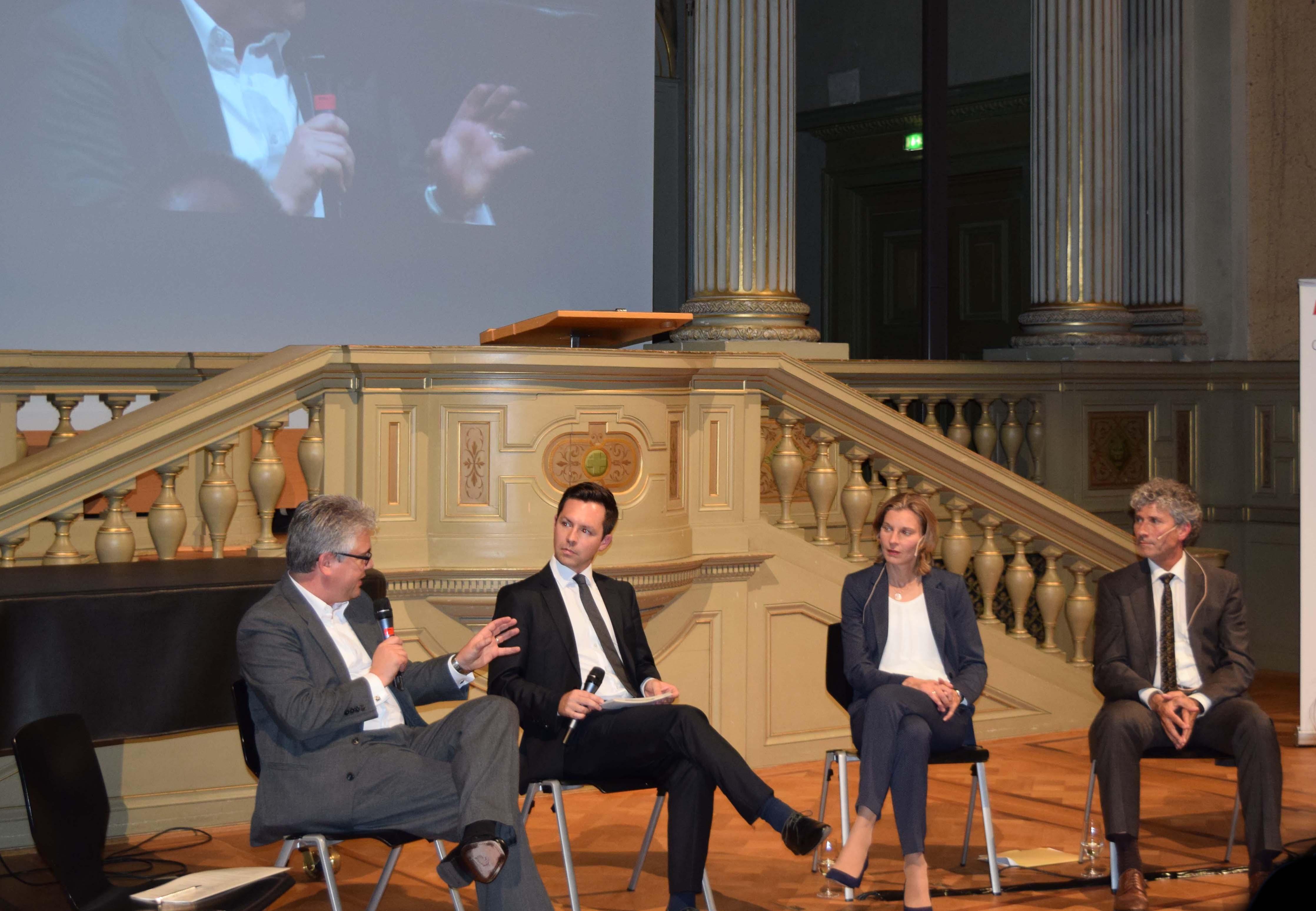 Diskussion über Versorgungssicherheit im Strommarkt. (Foto Lukas Meyer CSS)
