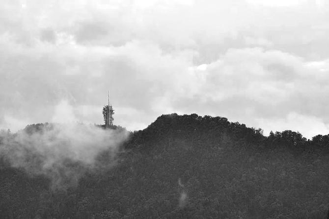 Der Swisscom-Sendeturm Felsenegg-Girstel diente ursprünglich zur Verbreitung von Radio- und Fernsehprogrammen. (Wikimedia Commons)