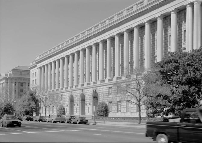 Die amerikanische Bundessteuerbehörde IRS in Washington D.C. (Wikimedia Commons)