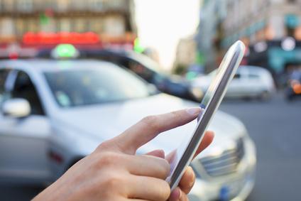 I conducenti Uber sono imprenditori che prendono in mano le redini del proprio destino. È una brutta cosa? (© Fotolia/Idprod)